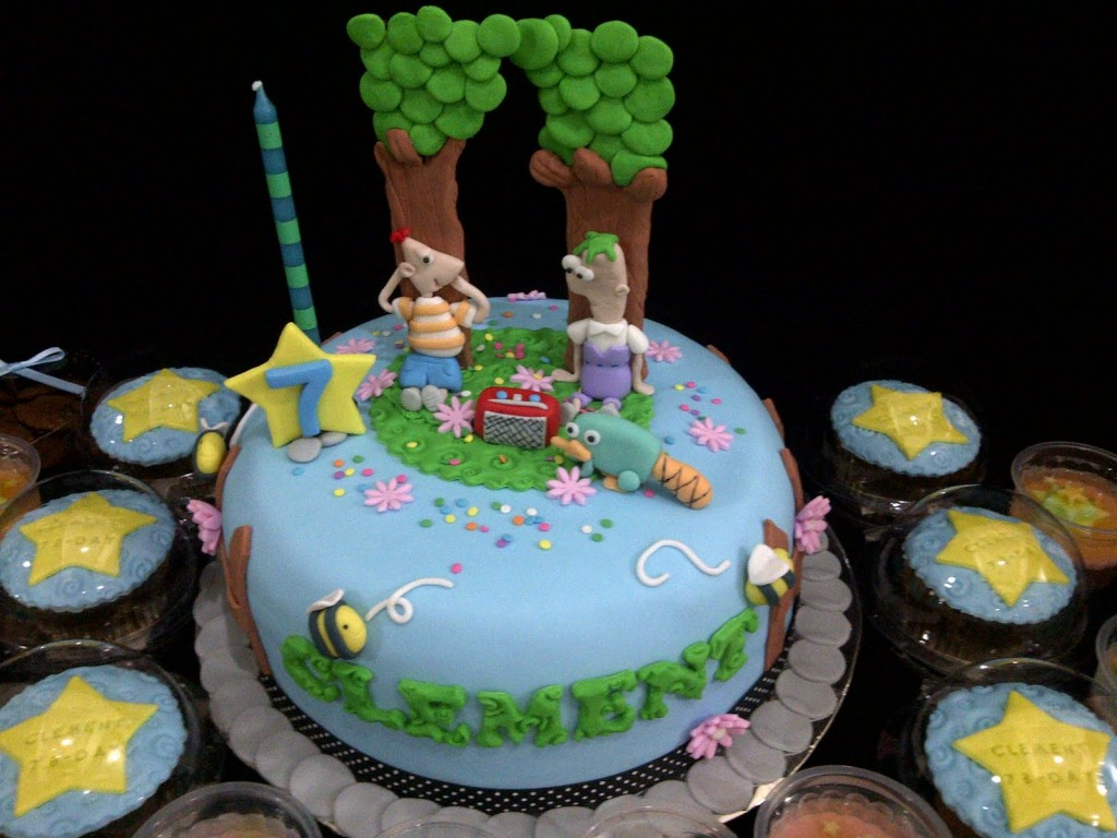 Images of Phineas and Ferb Cake