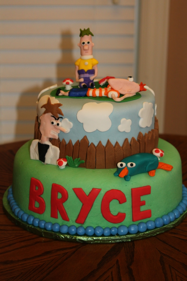 Phineas and Ferb Cake Toppers Image