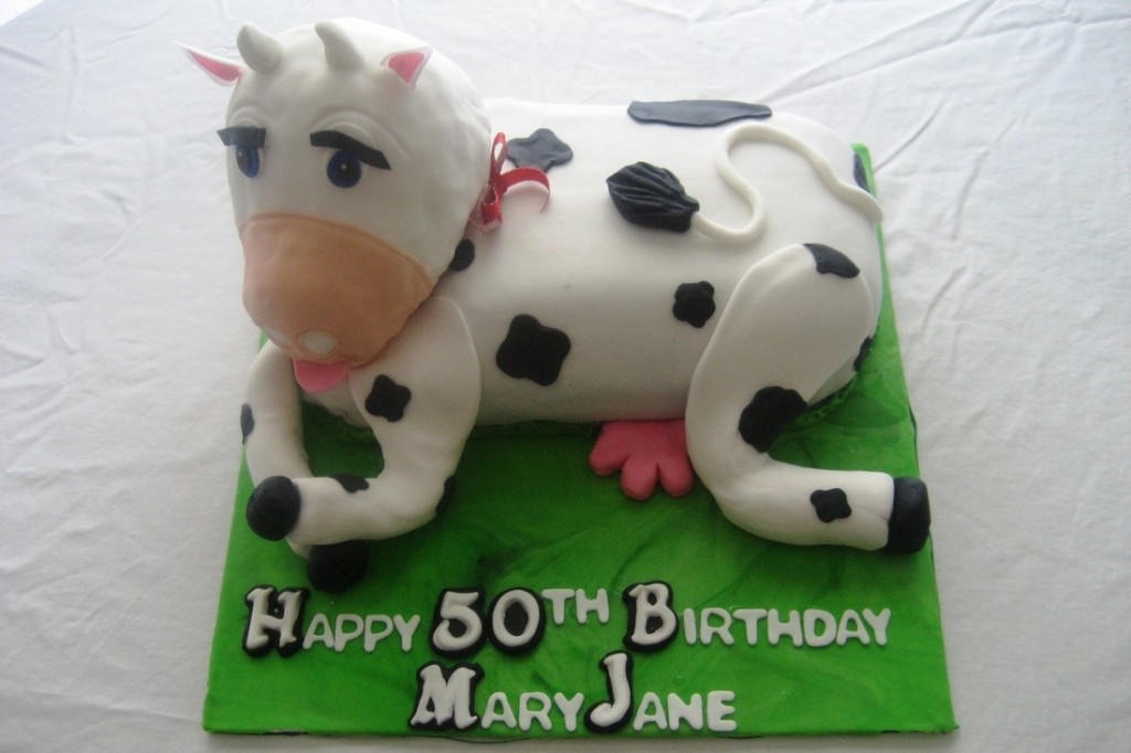 Pictures of Cow Cakes