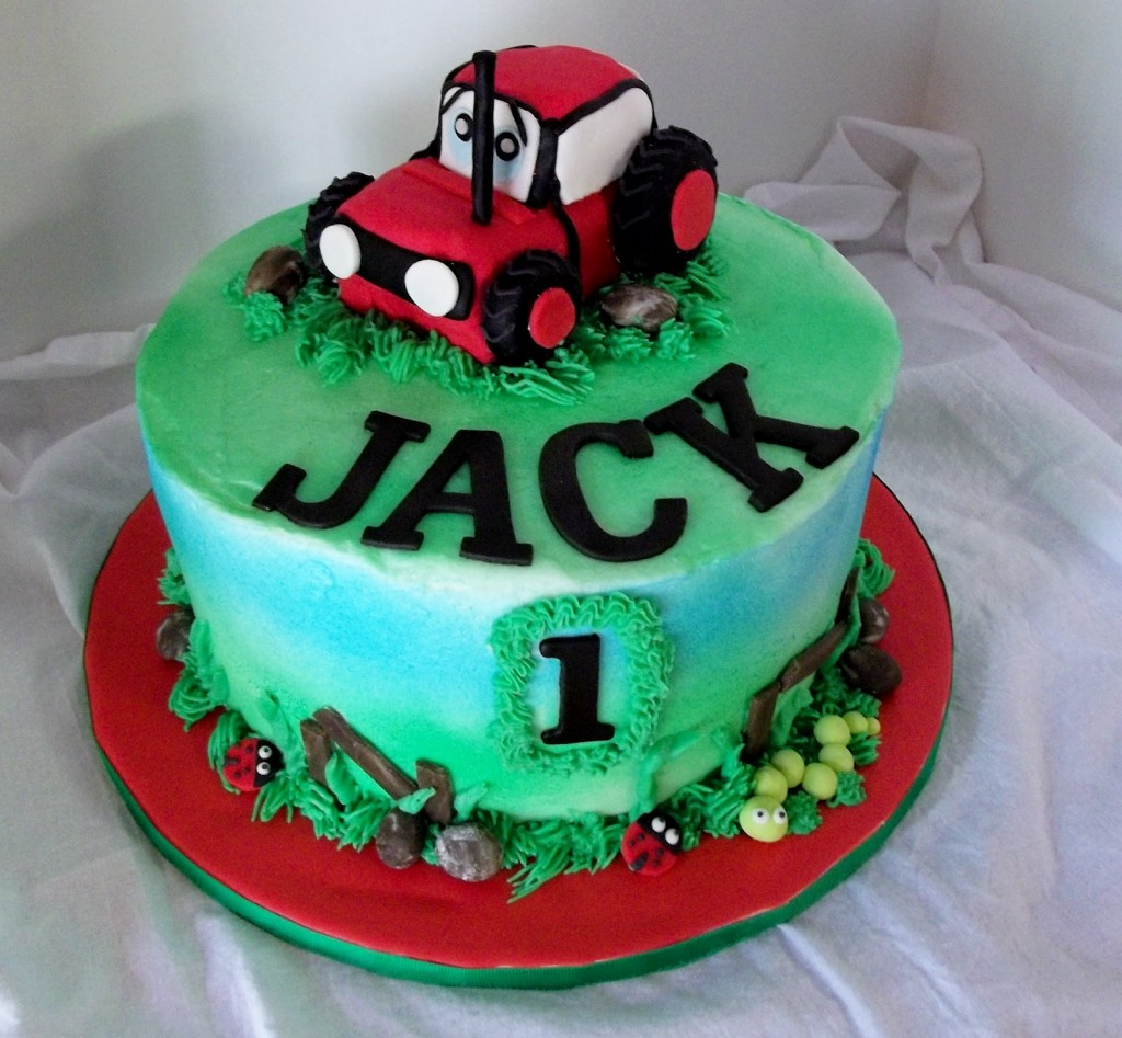Pictures of Tractor Cake
