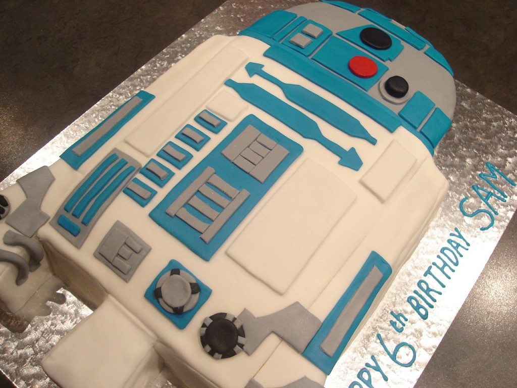 R2D2 Birthday Cakes Pictures
