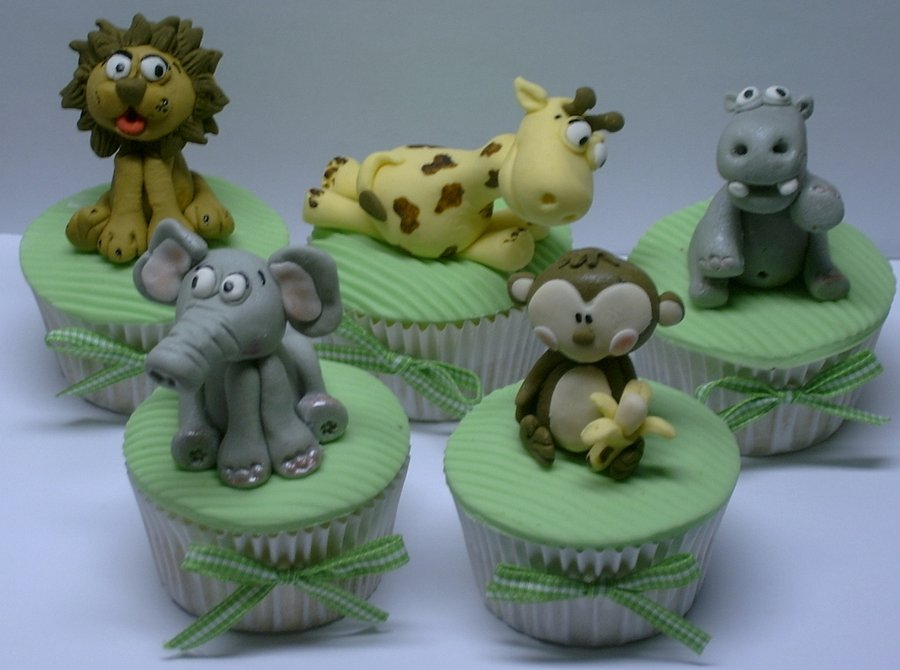Safari Cupcake Cake