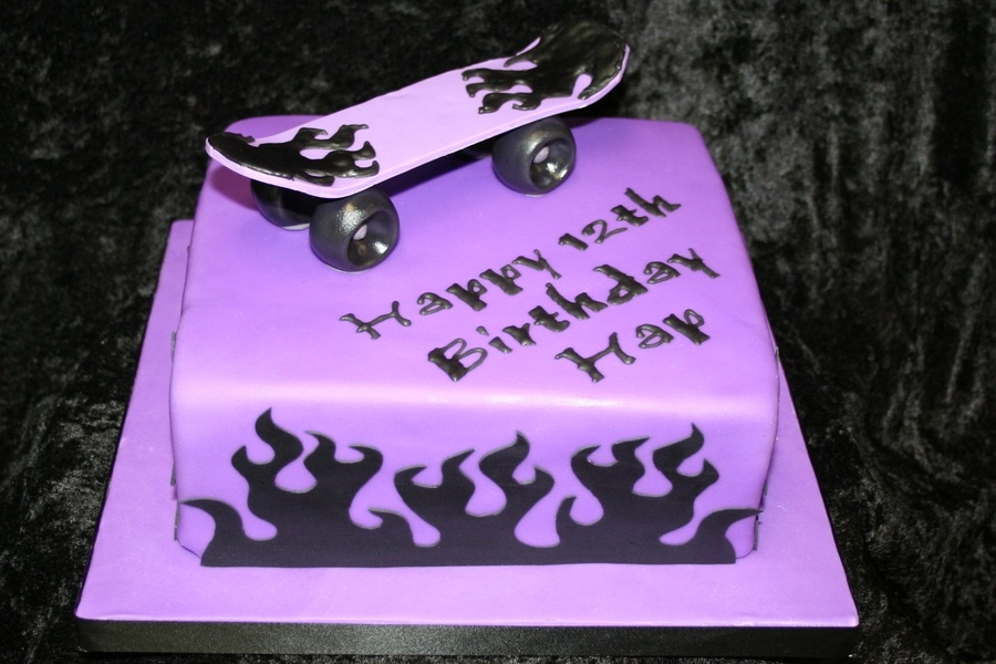 Skateboard Birthday Cakes Pictures
