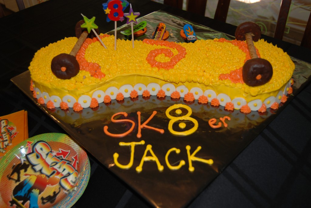 Skateboard Cakes Photos