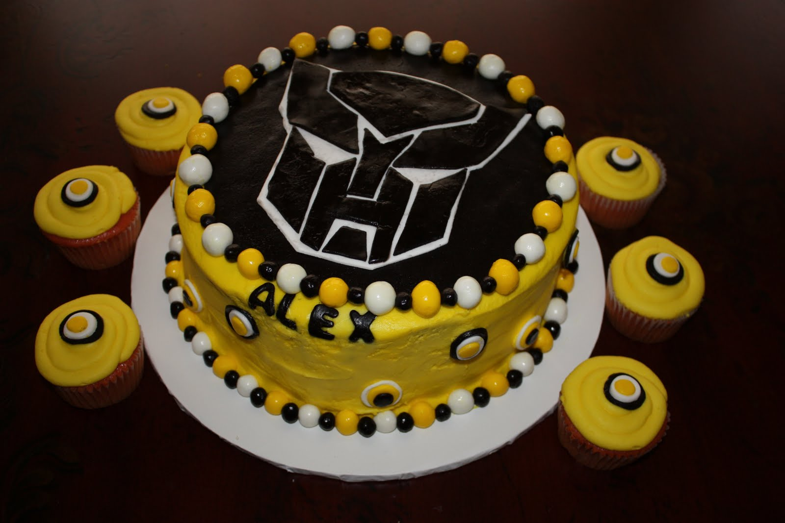 Transformer Cakes Decoration Ideas Little Birthday Cakes