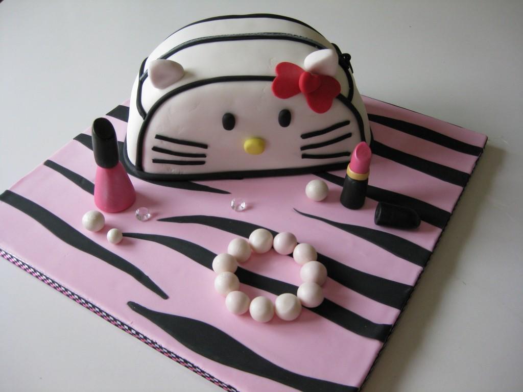 Hello Kitty Purse Cake