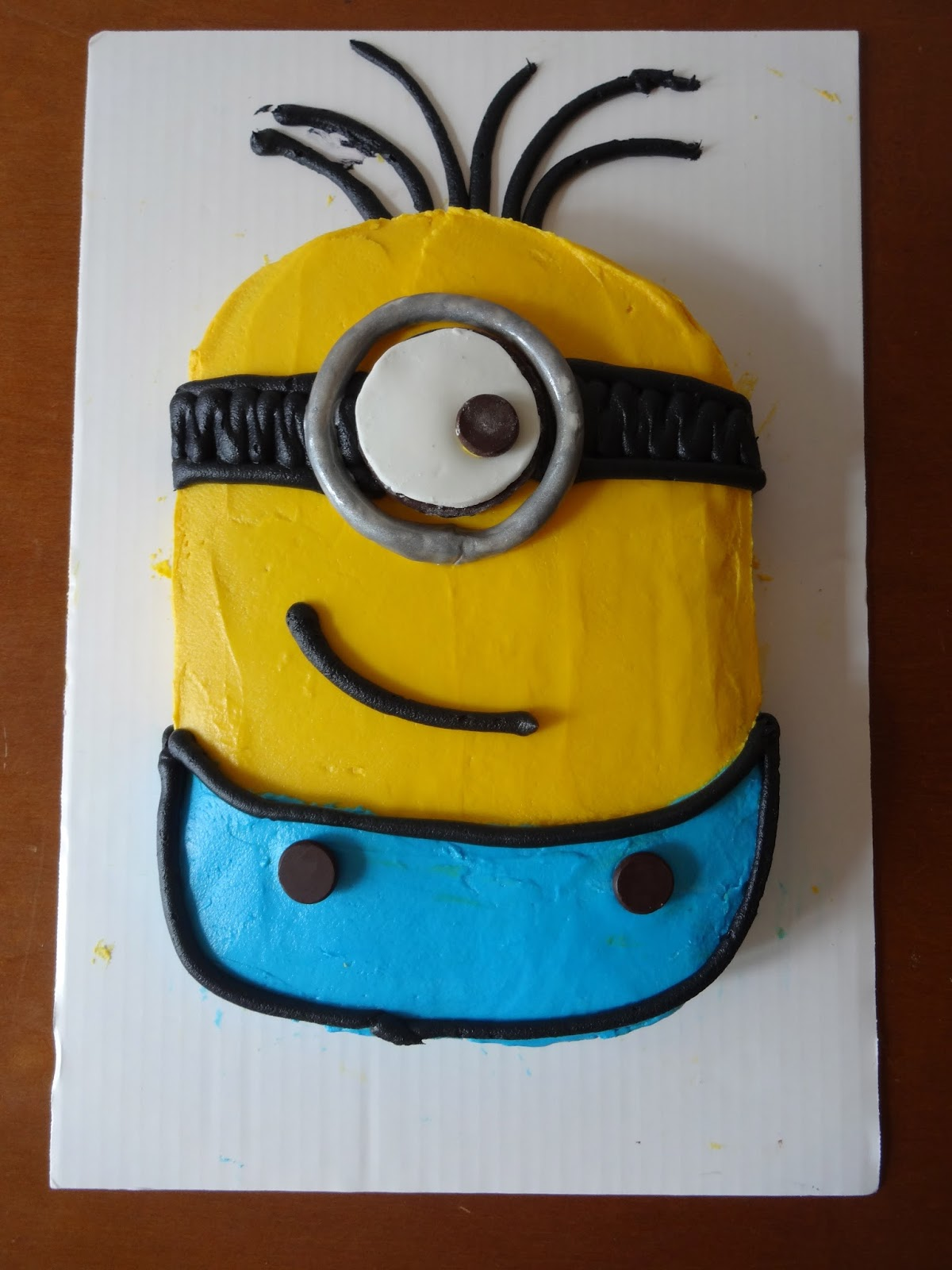 Miraculous Minion Cakes Decoration Ideas Little Birthday Cakes Personalised Birthday Cards Paralily Jamesorg