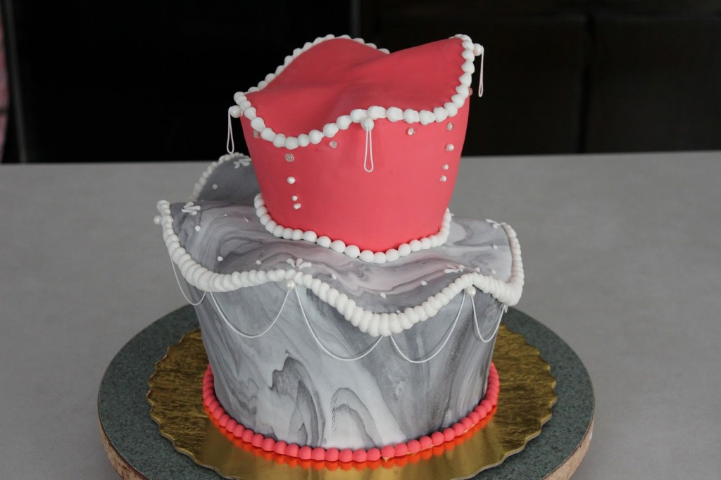 Pictures of Topsy Turvy Cakes