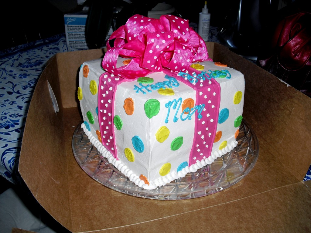 Polka Dot Cake Ideas