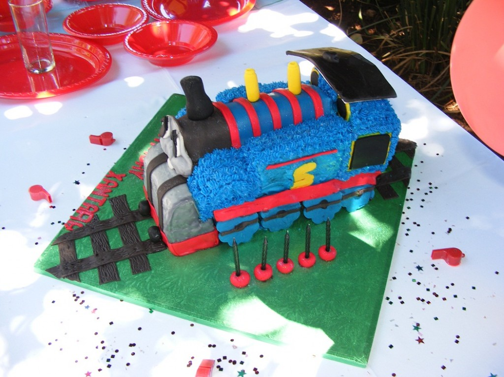Thomas The Train Cake Pictures