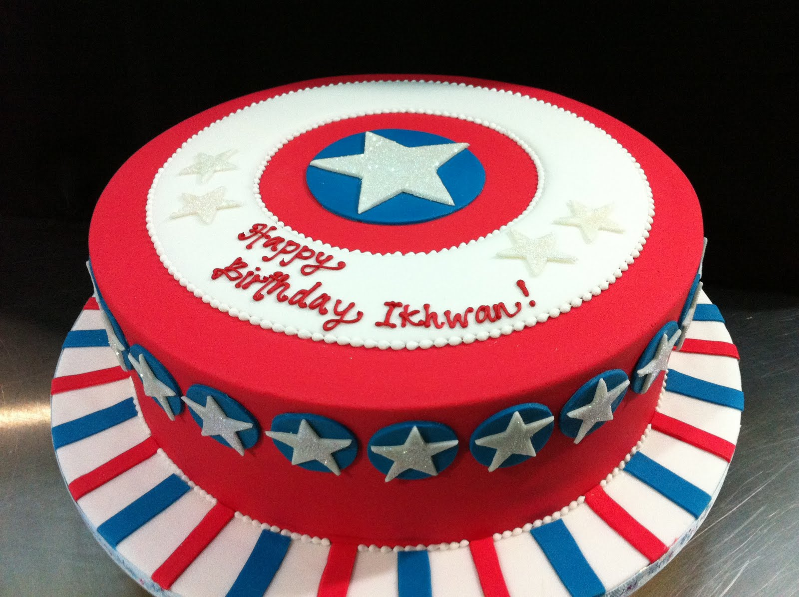 Admirable Captain America Cakes Decoration Ideas Little Birthday Cakes Funny Birthday Cards Online Elaedamsfinfo