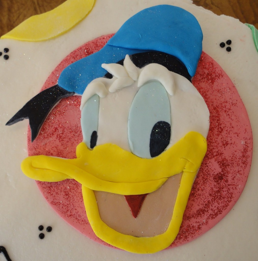 Donald Duck Cake Ideas