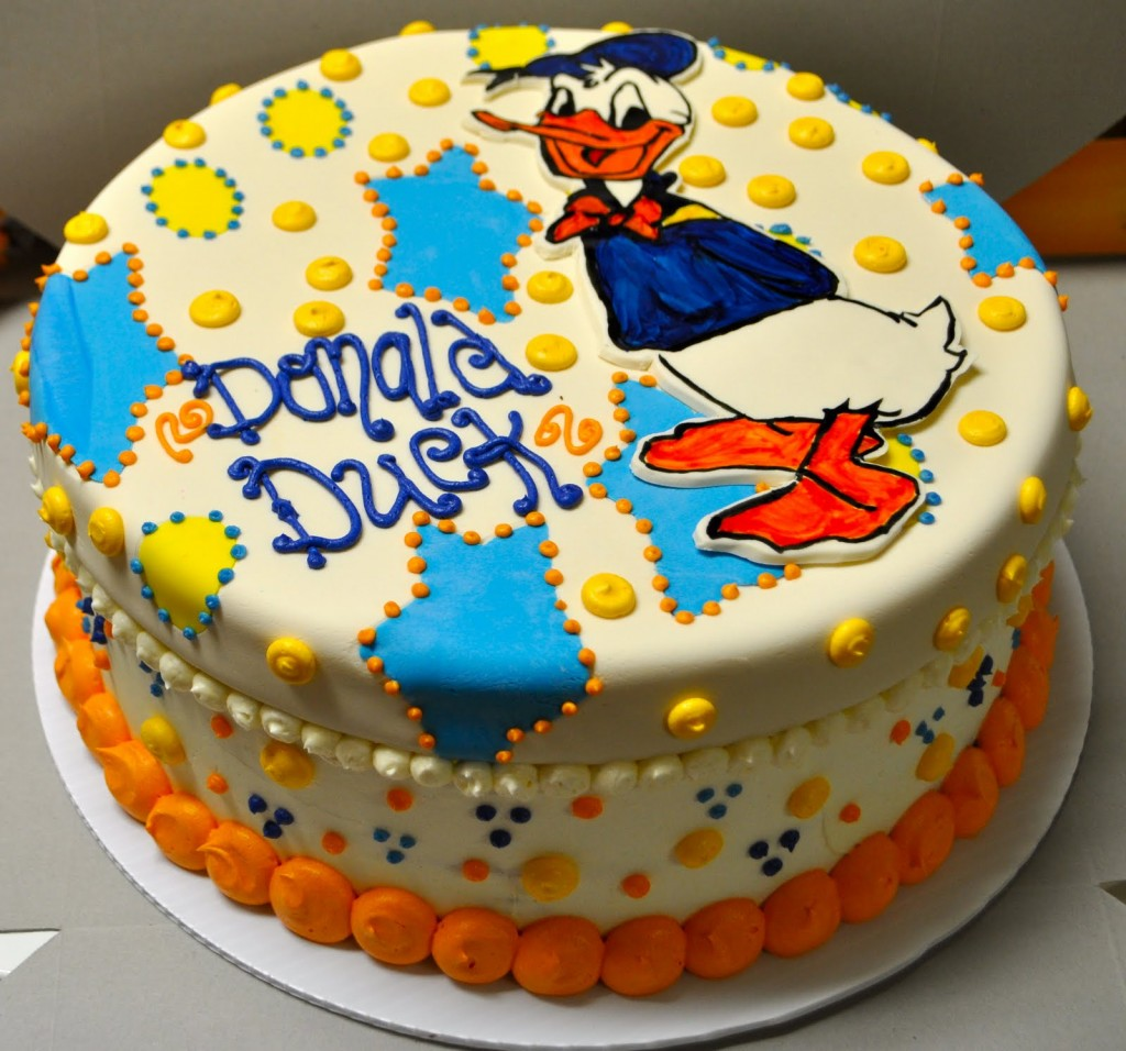 Donald Duck Cakes