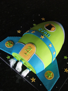 Rocket Ship Cakes Pictures