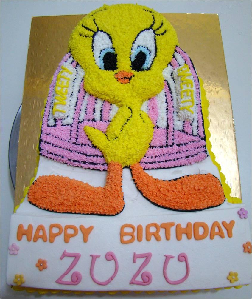 Tweety Bird Cakes Picture