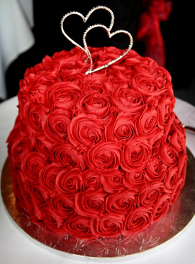 big red rose cake