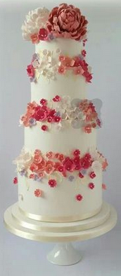 elegant wedding cakes photo