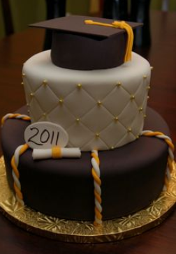 graduation chocolate cakes