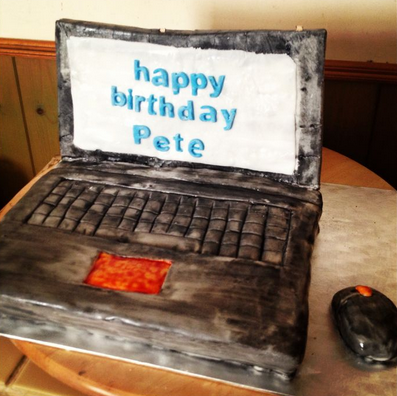 laptop and mouse cake ideas