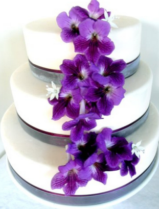 purple wedding cake flower