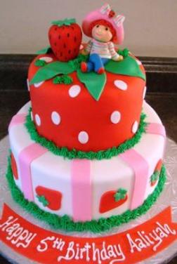 strawberry kids cake
