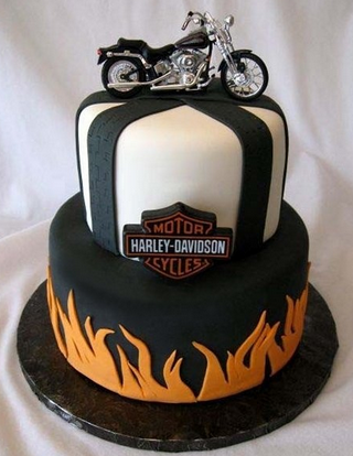 Harley Davidson white cake decorations